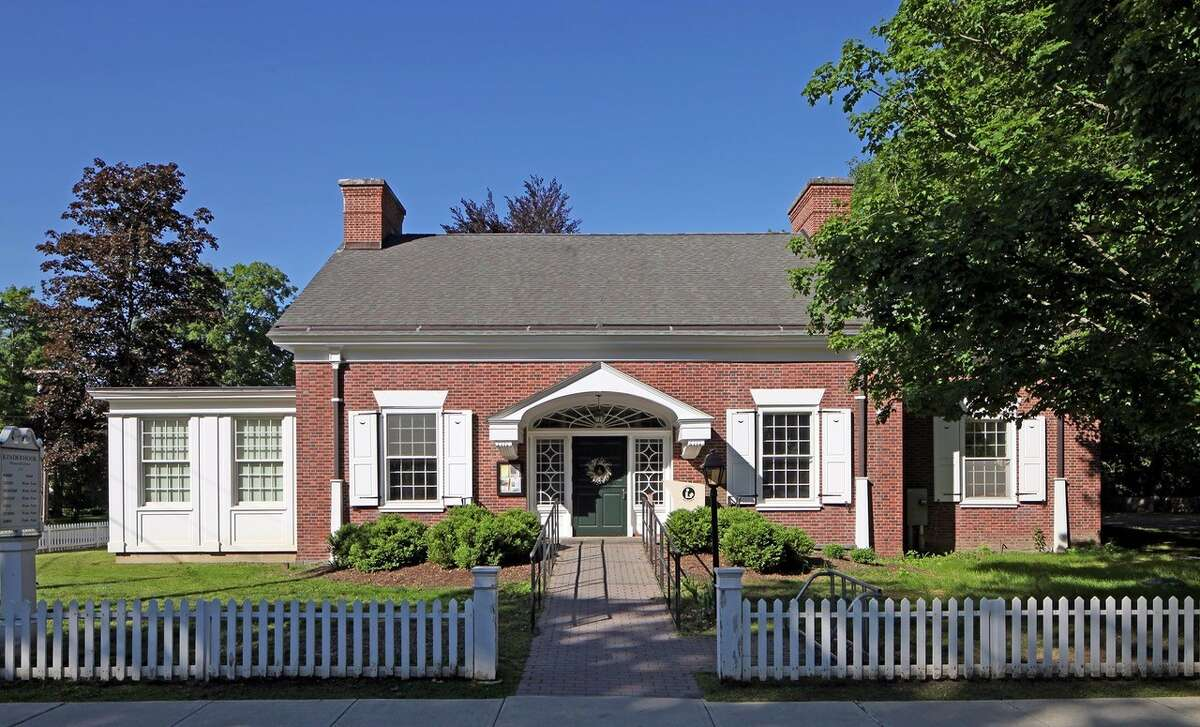 Kinderhook Memorial Library (Provided)