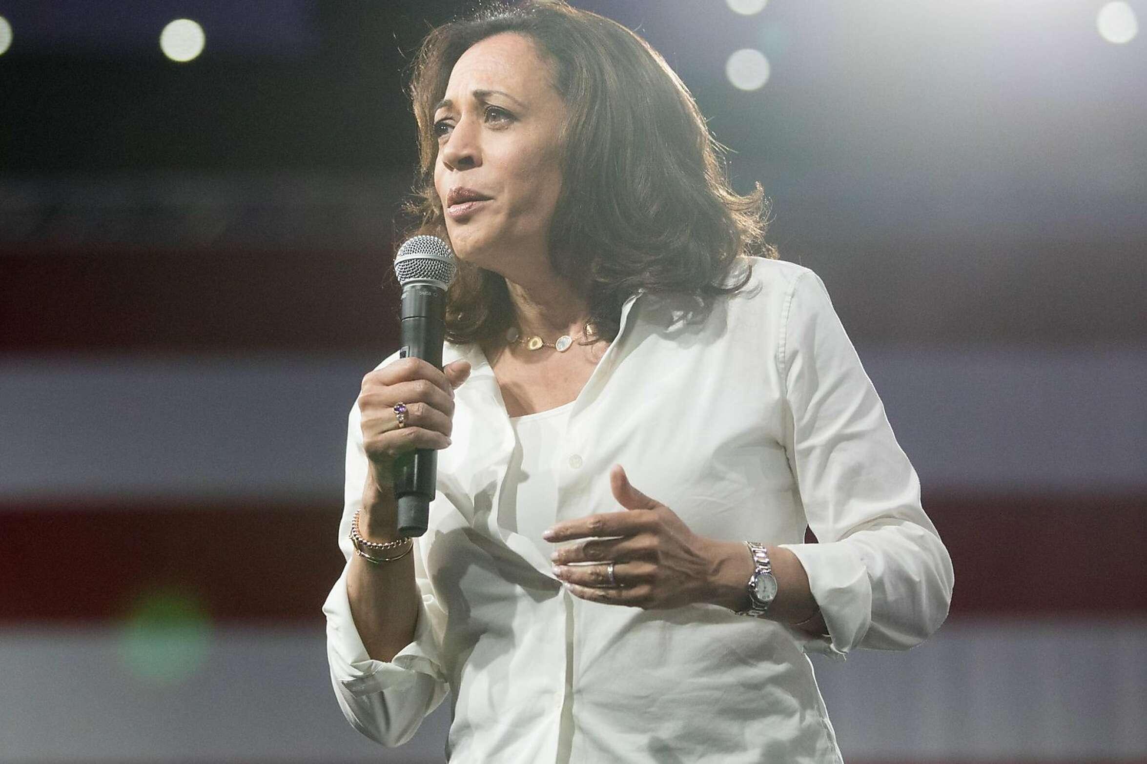 Democratic presidential candidate Sen. Kamala Harris speaks at the Presidential Gun Sense Forum in Des Moines on Saturday, Aug. 10, 2019.