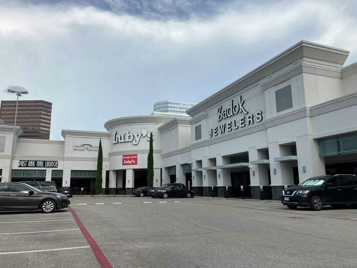 Kenny & Ziggy's plans to relocate to the Post Oak Plaza shopping center at Post Oak Boulevard and San Felipe in mid 2021. Luby's currently occupies the space.