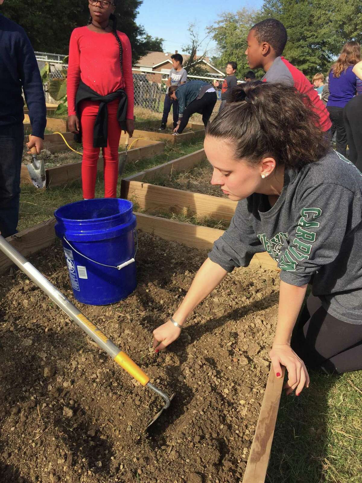 Allie Hawley, a Westover School alumna now at Elon University, received a Leadership Prize from Elon to research the value of using gardens to teach students.