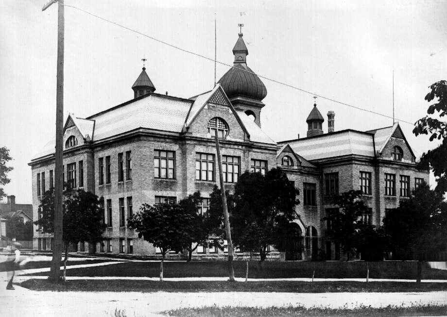 Central School, later Woodrow Wilson School, was formerly located on the southwest corner of First and Oak street. (Manistee County Historical Museum photo)