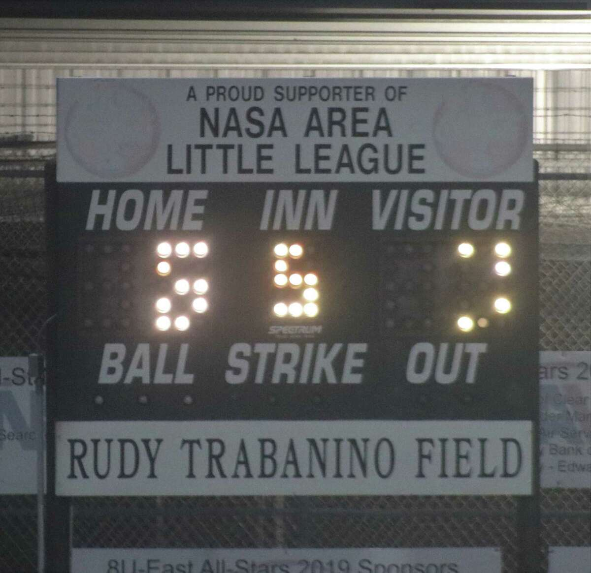 Because of its age, the previous Rudy Trabanino Field scoreboard had trouble showing the score.