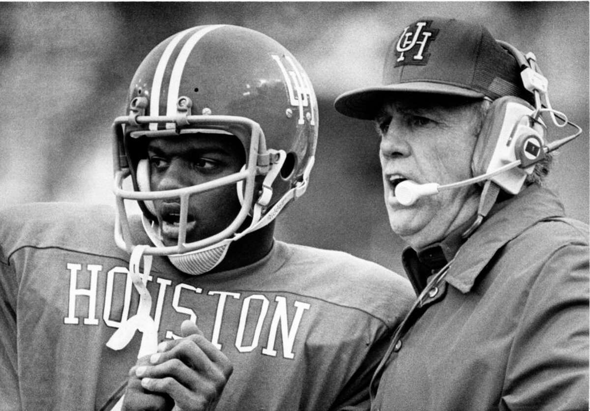 Bill Yeoman and quarterback Danny Davis at the 1977 Cotton Bowl against Maryland.