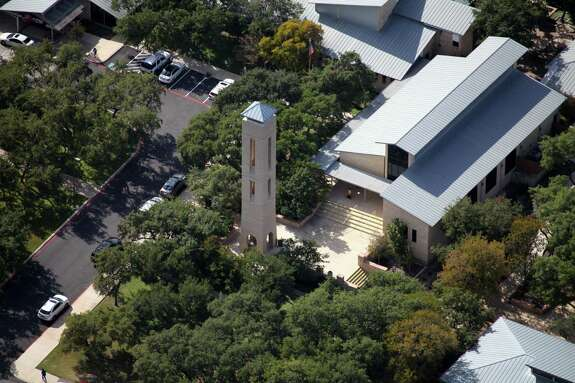 In the early 1960s, Saint Mary's Hall began facing the problems of progress and expansion, and the Board of Trustees decided to purchase 60 acres at 9401 Starcrest Drive. The associated firms of San Antonio architects O'Neil Ford and Bartlett Cocke helped design the new campus, which opened in 1968.