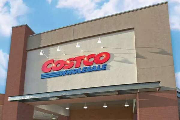 One-Year Costco Gold Star Membership, With a $40 Costco Shop Card and $40 Off Online Purchase - Groupon