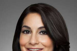 """KSAT 12 has named Stephanie Serna as the new anchor of """"Good Morning San Antonio"""" following the departure of Leslie Mouton."""