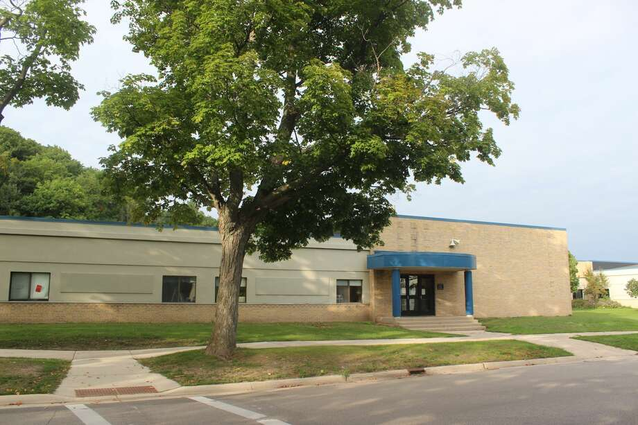 Frankfort Elberta Area Schools parents and students have until Aug. 21 to decide if they want to go back to school in-person or though distance learning. (File Photo) Photo: File Photo