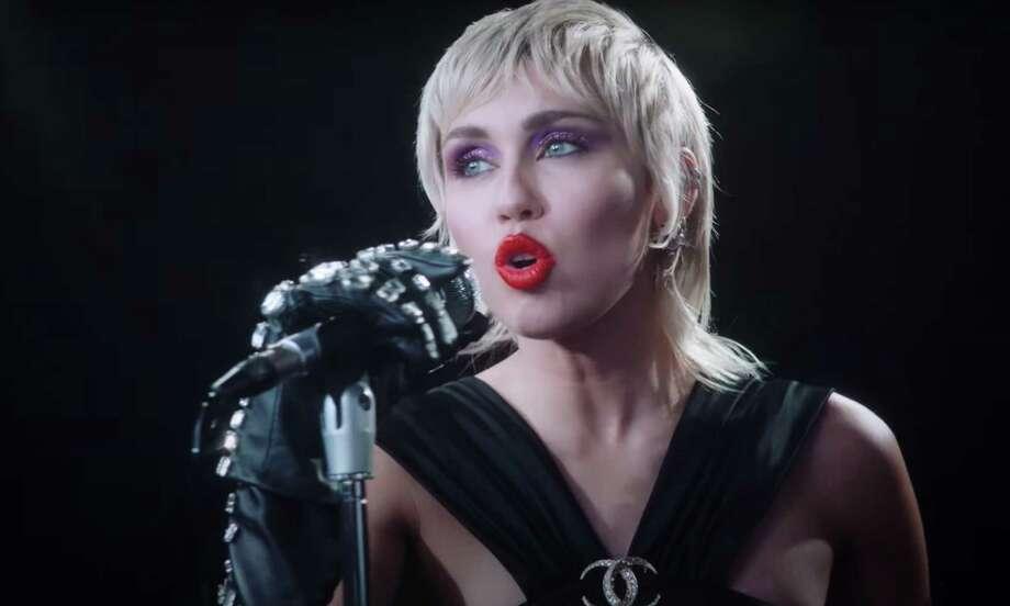Photo: YouTube/Miley Cyrus