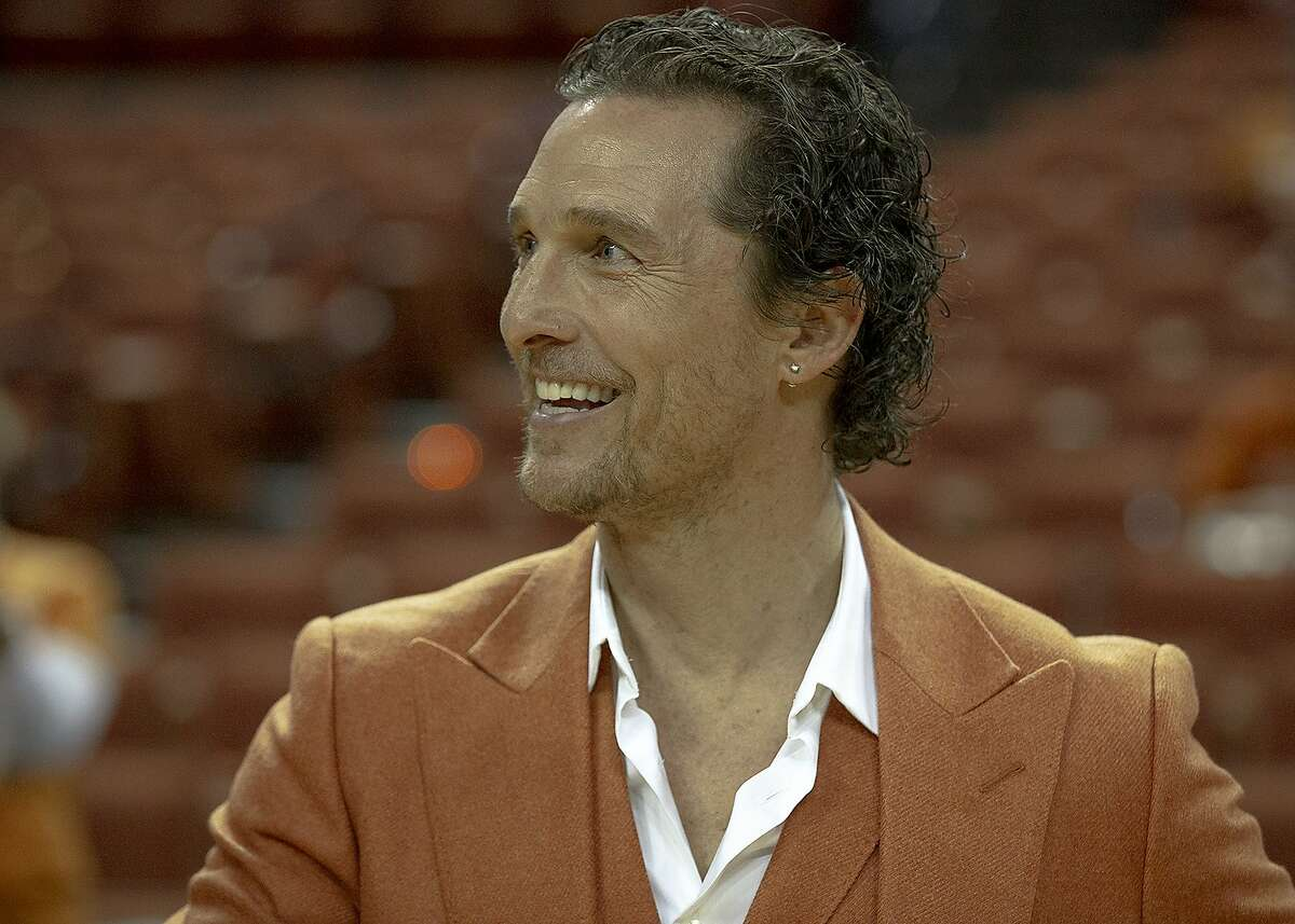 """Matthew McConaughey is part of a star-studded cast doing a table read of an old classic film many grew up on - Fast Times at Ridgemont High. The """"unrehearsed anything goes"""" live table read includes Jennifer Aniston, Dane Cook, Morgan Freeman, Henry Goulding, Jimmy Kimmel, Shia LaBeouf, Matthew McConaughey, Sean Penn, Brad Pitt, and Julia Roberts and is set for Friday, Aug. 21 at 7 p.m."""