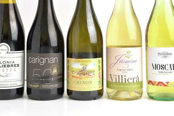 From left, Colonia Las Liebres Bonarda Clásica 2019, Claude Vilade Carignan Premium Vieilles Vignes 2018, Couly-Dutheil Les Gravières Chinon 2018, Villiera Jasmine 2019, Cantine Pellegrino Moscato NV.