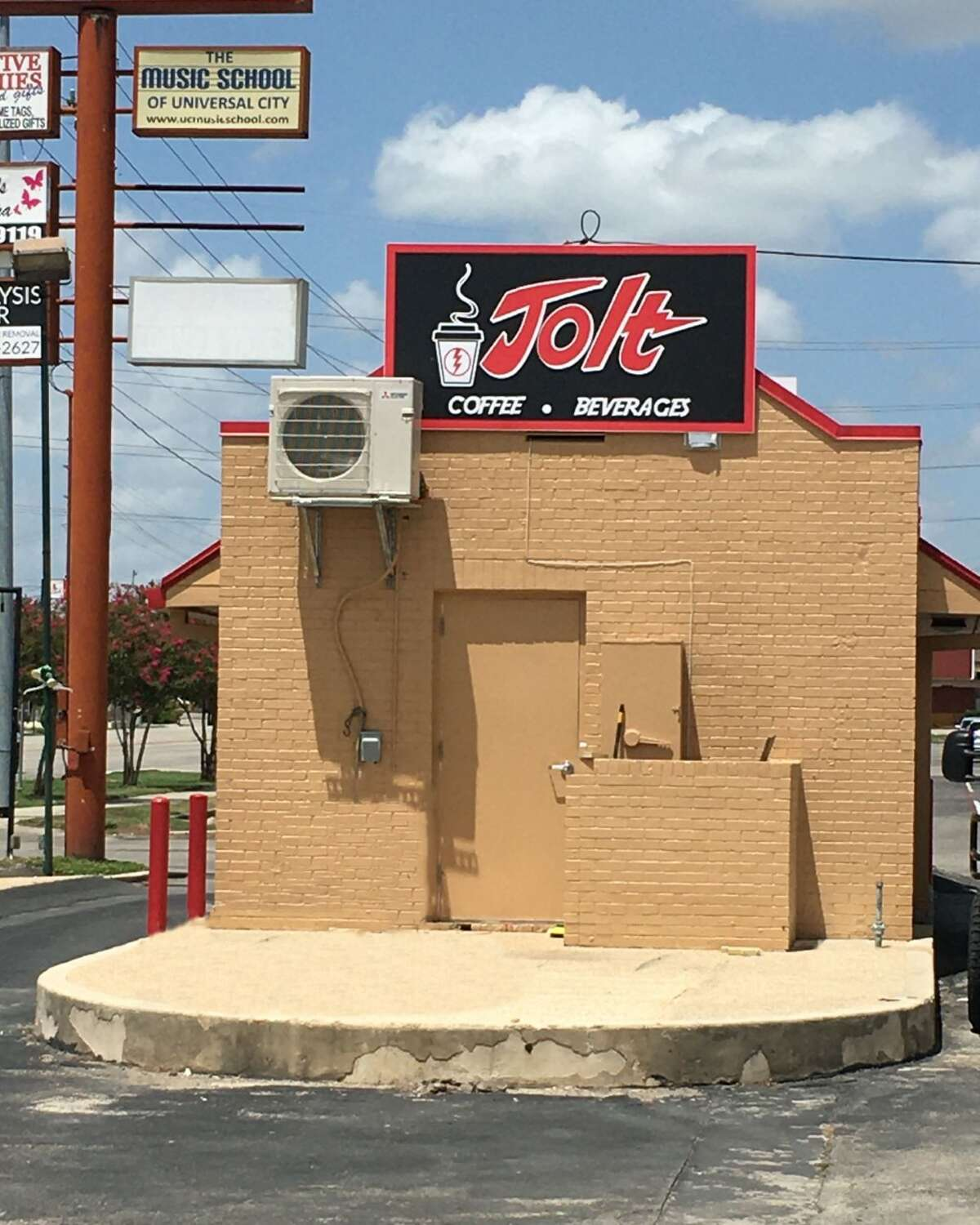 The drive-thru shops sell smoothies, coffee, shakes and more. A customer favorite is the Jolt signature drink, which is a slightly sweet blend of milk and espresso. Jolt Coffee and Beverage also sells muffin tops and granola bars.