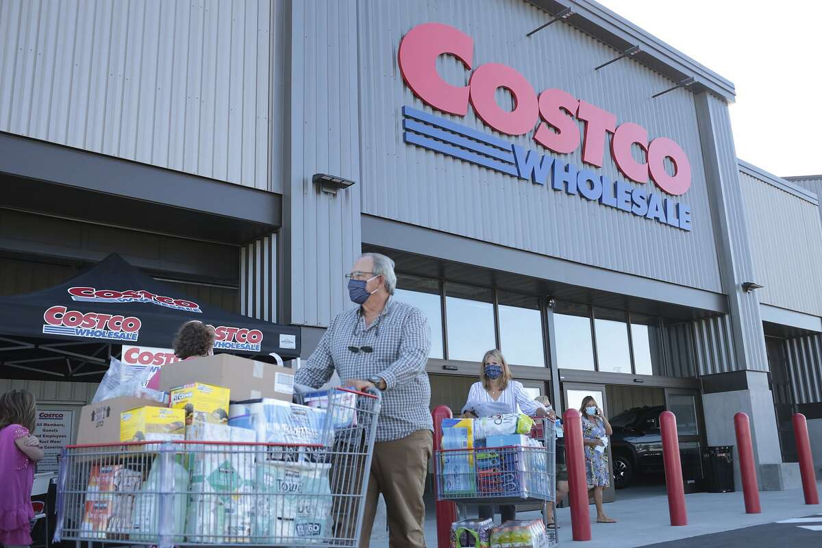 Costco now provides vaccines in certain areas of California.