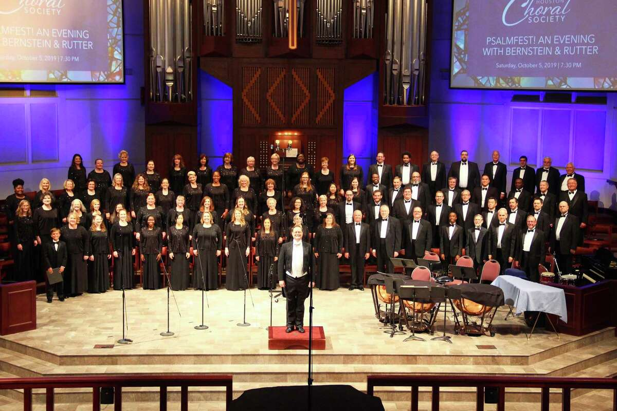 The 100-plus voices of the Houston Choral Society chorus performs regularly at Foundry Methodist Church in Northwest Houston. (Photo before the pandemic.)