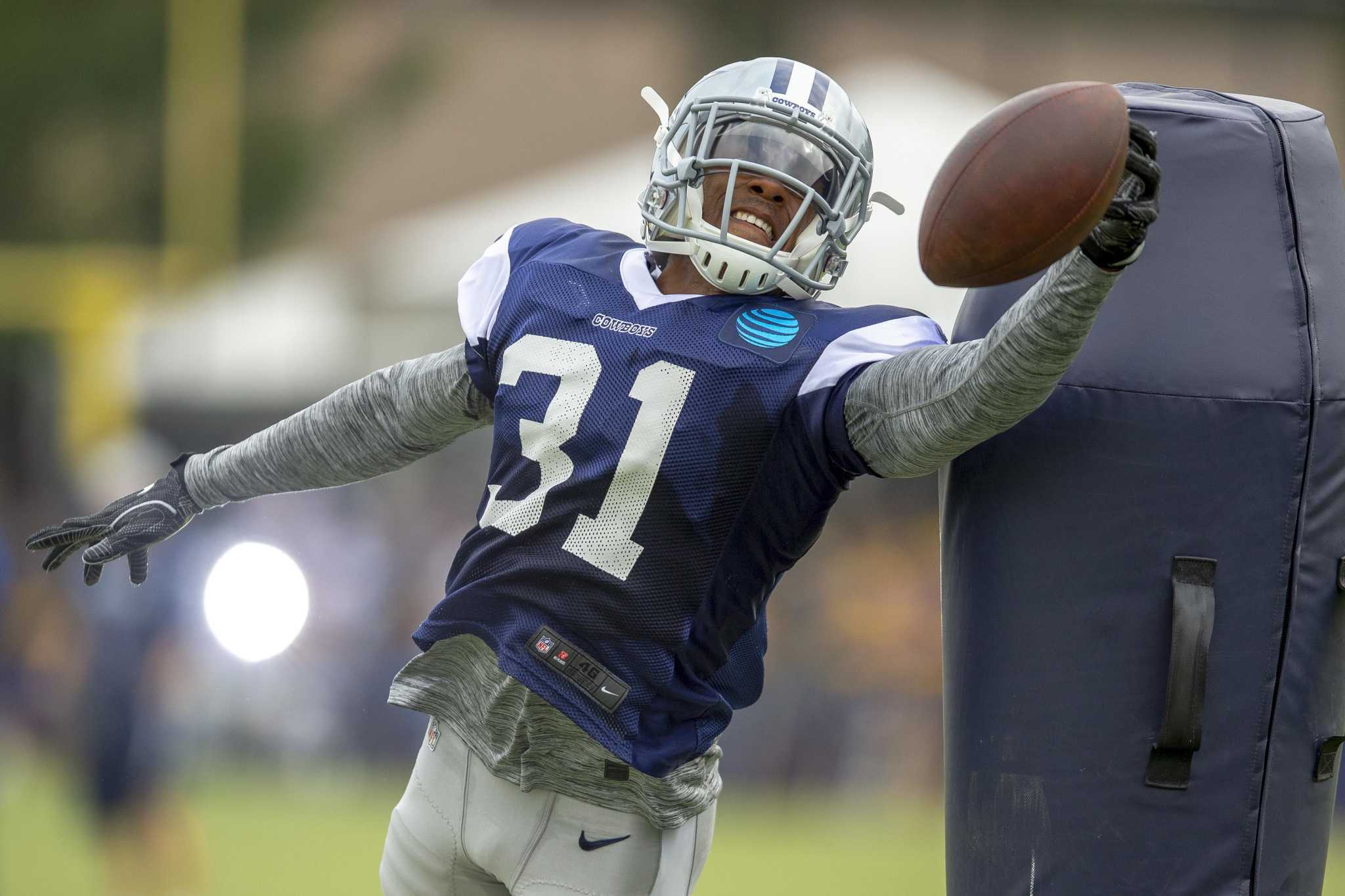 Former UConn star Byron Jones ready to make immediate impact after signing huge deal with Dolphins