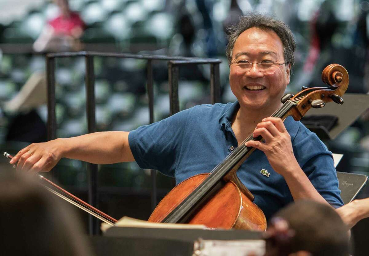 Yo-Yo Ma Alsop joined approximately 100 Capital Region cellists of all ages and abilities played with world-famous cellist Yo-Yo Ma on SPACA?•s amphitheatre stage to participate in a A?'PlayINA?