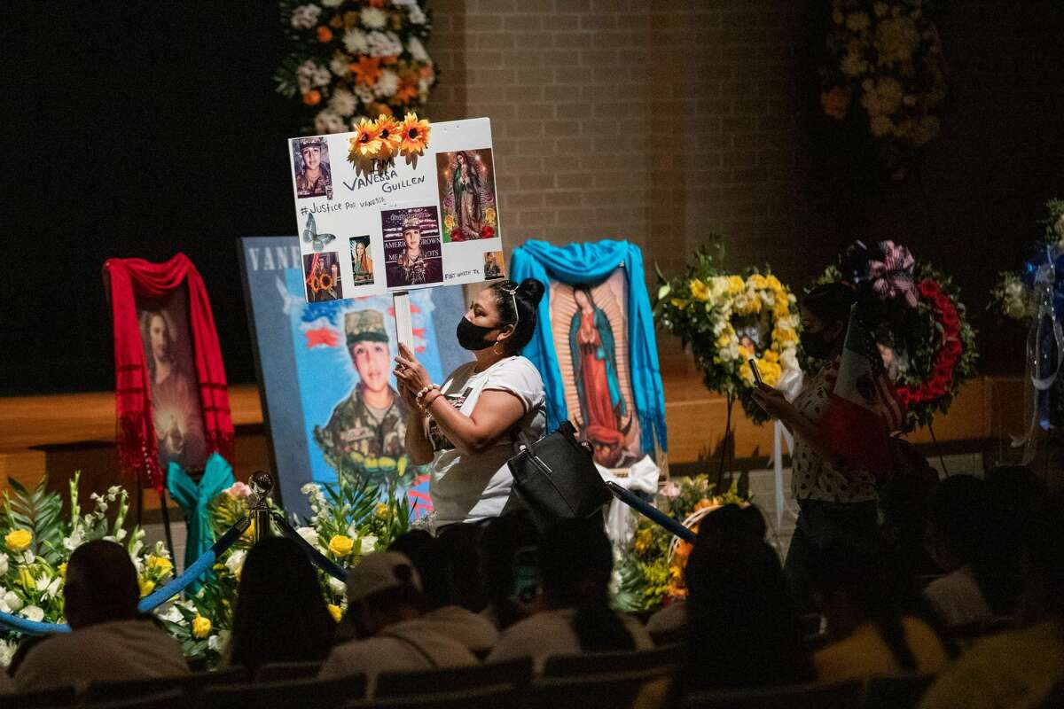 Rosa Samaniego holds a sign demanding justice for US Army Specialist Vanessa Guillen during a public memorial at Chavez High School on August 14, 2020, in Houston, Texas. (Photo by Marie De Jesus/Houston Chronicle)