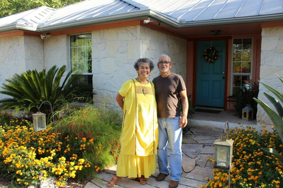 Theresa Ybanez and her husband, Armando Santiago, live in the community that surrounds Mission San José. Photo: Lisa Harrison Rivas