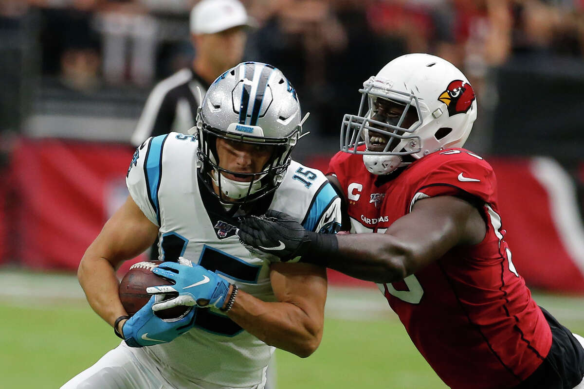 File-Carolina Panthers wide receiver Chris Hogan (15) during an NFL football game against the Arizona Cardinals, Sunday, Sept. 22, 2019, in Glendale, Ariz. The New York Jets have agreed to terms on a contract with veteran Hogan to boost their banged up wide receiver corps. Hogan spent last season with Carolina, but caught just eight passes for 67 yards in seven games while missing a large chunk of the season following arthroscopic surgery on his left knee. (AP Photo/Rick Scuteri, File)