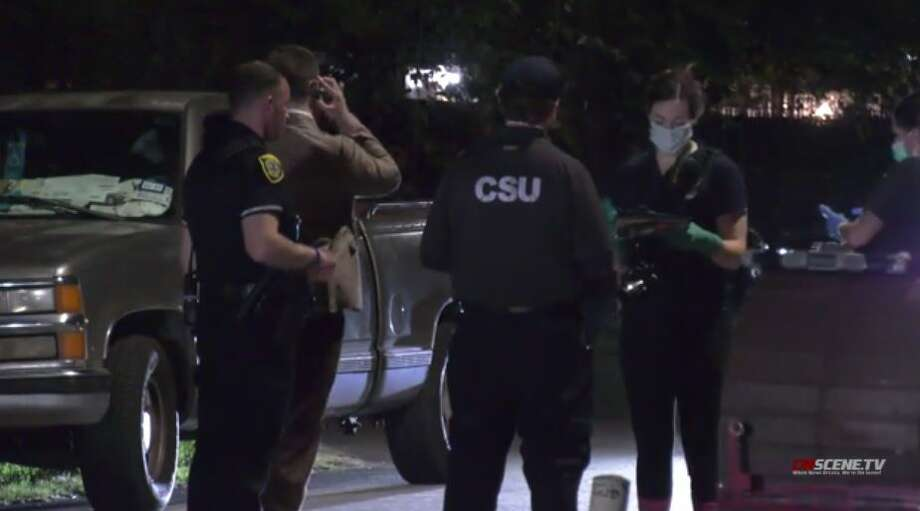 Police investigate a fatal shooting in east Houston on Sunday, Aug. 16, 2020. Photo: On Scene TV