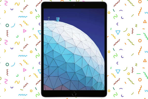 Apple - iPad Air (Latest Model) with Wi-Fi - 256GBfor $549.99 at Best Buy