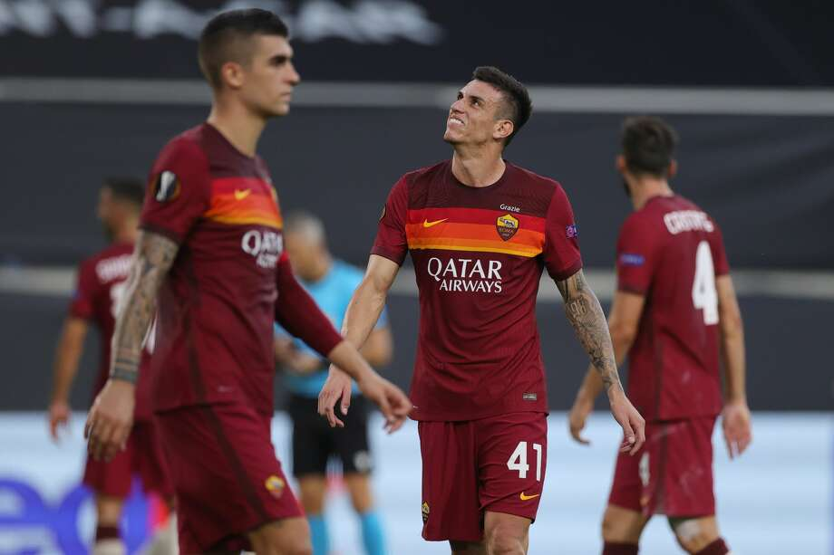 AS Roma's Brazilian defender Roger Ibanez looks on during the UEFA Europa League round of 16 football match between Sevilla FC and AS Roma at the MSV Arena on August 6, 2020 in Duisburg. (Photo by Friedemann Vogel / POOL / AFP) (Photo by FRIEDEMANN VOGEL/POOL/AFP via Getty Images) Photo: FRIEDEMANN VOGEL/POOL/AFP Via Getty Images