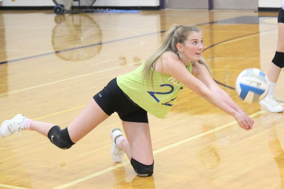 As of now, Frankfort volleyball has the opportunity to practice indoors in preparation for a fall season. Photo: Robert Myers