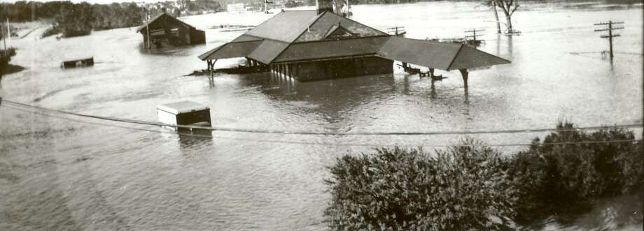 Views in the Naugatuck Valley during the Flood of 1955. Photo: Hearst Connecticut Media File Photo /