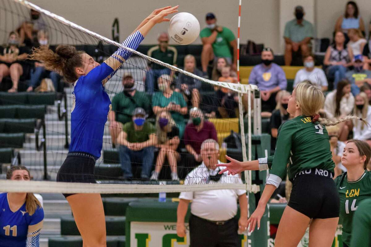 Driven Hurd (10) of the Lady Horns stuffs the ball ball over the net as the Lady Bears of Little Cypress-Mauriceville took down the Lady Horns of Hamshire-Fannett on Tuesday night. Photo made on August 18, 2020. Fran Ruchalski/The Enterprise