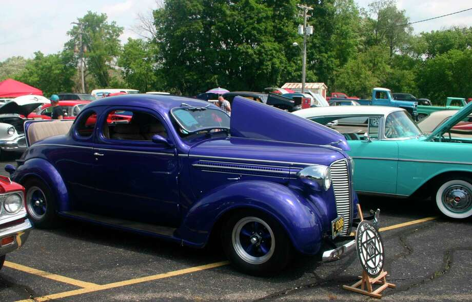 The Evart Car Club will cruise from Evart to Houghton Lake on Saturday, Aug. 22. (Herald Review file photo)