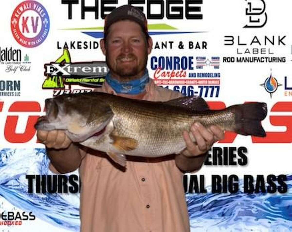 Evan Carlson won the CONROEBASS Thursday Big Bass tournament with a weight of 8.68 pounds.