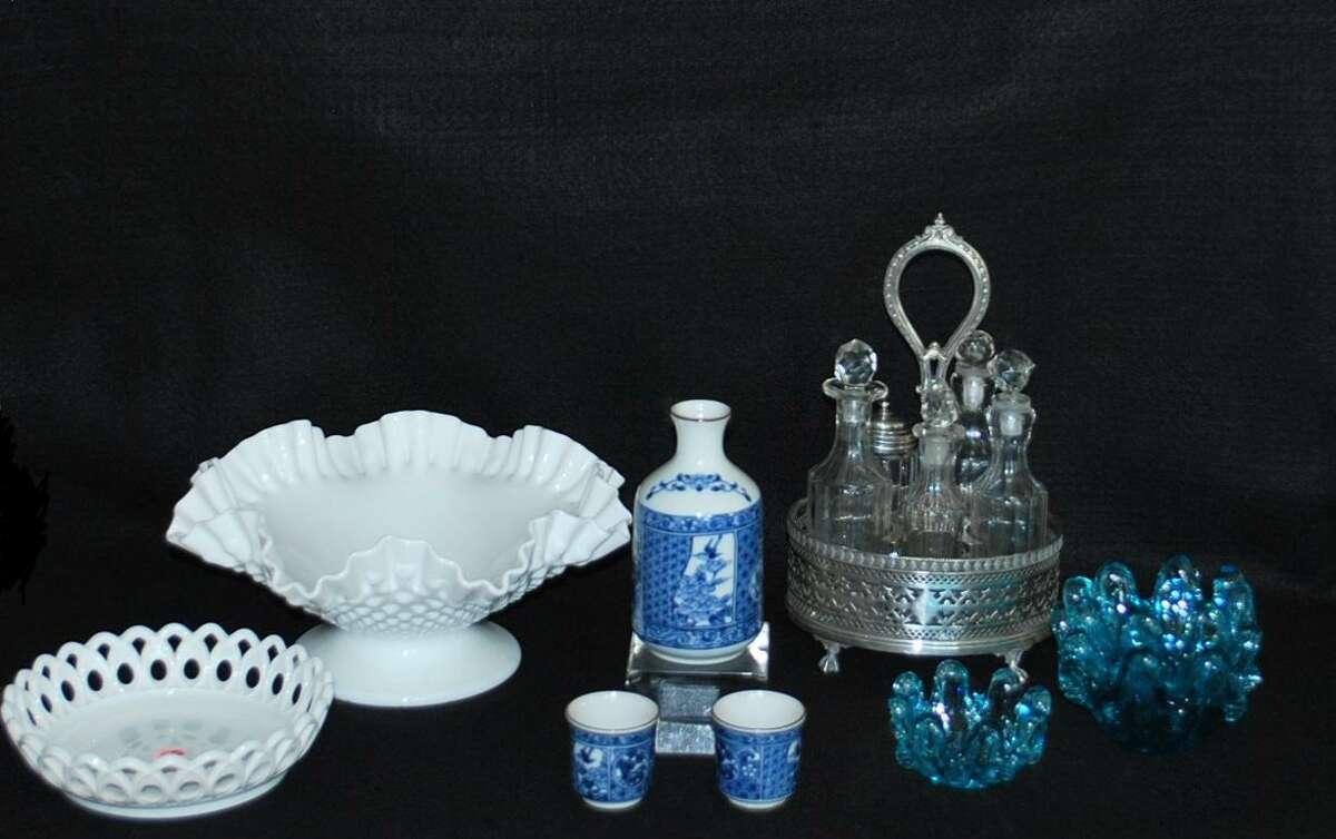 Lockwood-Mathews Mansion Museum's White Elephant items ranging from $3 to $50.