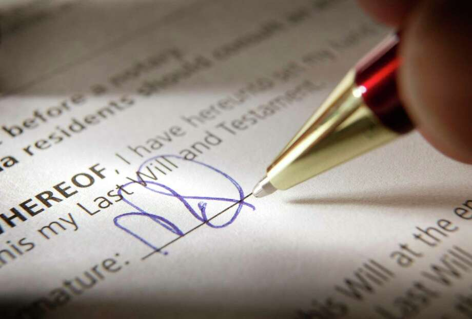 Writing a last will and testament Photo: DNY59 / Getty Images / DNY59