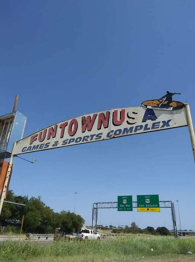 San Antonians may have the chance to relive childhood memories and create new ones oncethe abandoned Funtown reopens on the South West side. Photo: Courtesy, Mario Cardenas