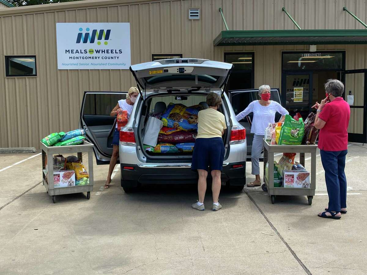 After reading about the need for more pet food donations, the North Shore Republican Women's group organized a pet food and donation drive for Meals on Wheels Montgomery County.