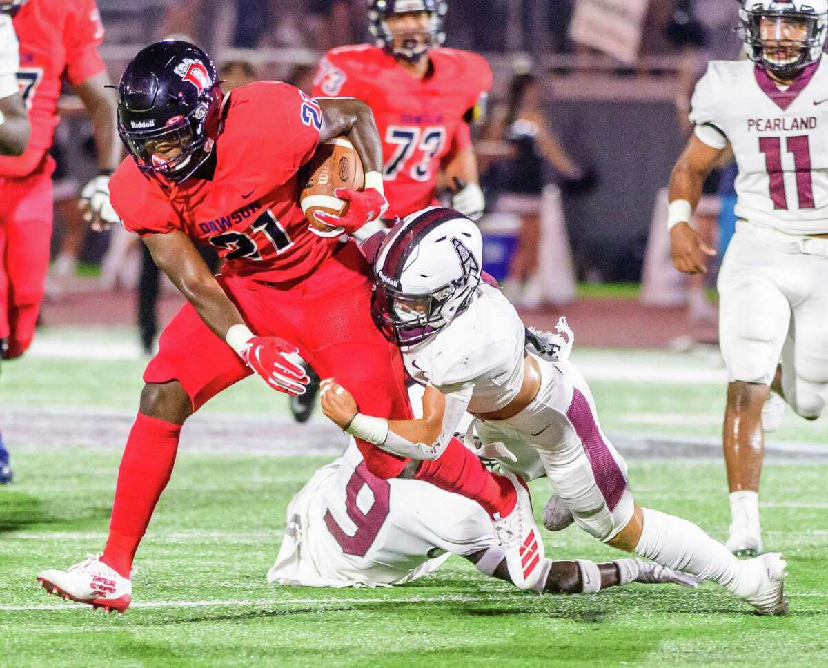 Ja'Den Stewart (21) and the rest of the Dawson offense hope to be in high gear when the Eagles host Alief Hastings on Friday in a district opener.