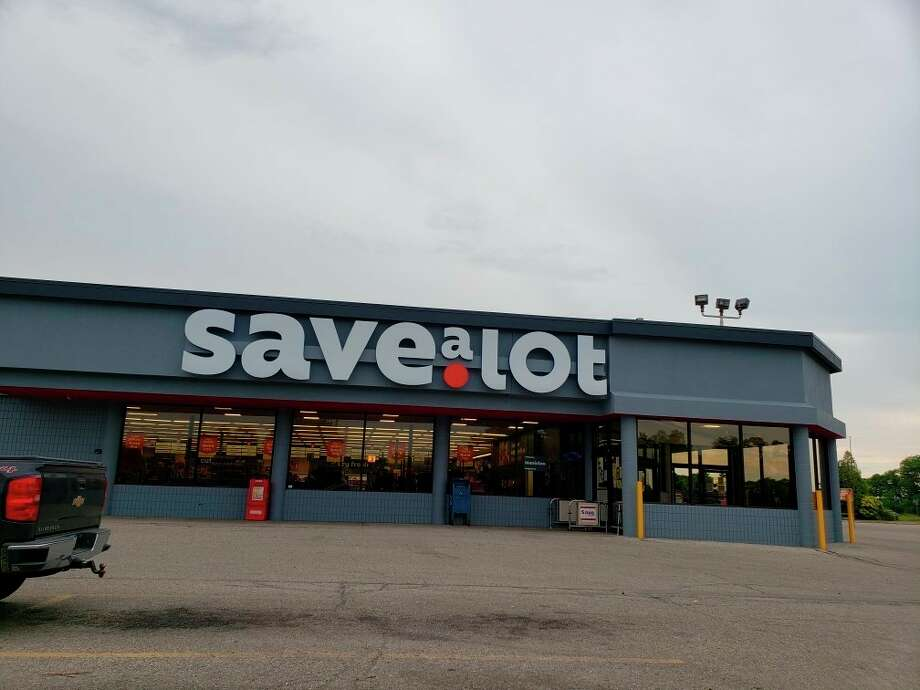 Save A Lotthis week rolled out a Round Up at the Register program at nearly 580 stores nationwide in partnership with Feeding America. (Arielle Breen/News Advocate)