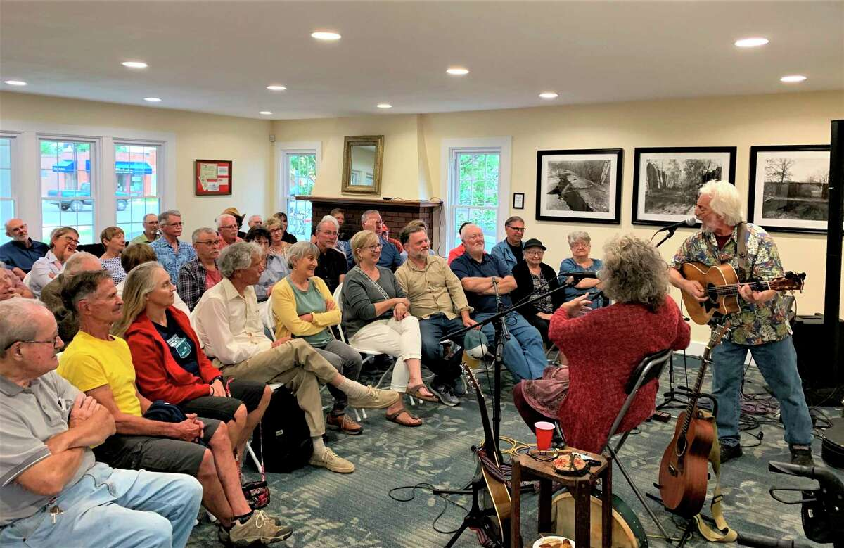 Folk duo, Small Potatoes returns to the Lake County Historical Society Folk Friday's summer concert lineup at 7 p.m., Friday, Aug. 21 at the open barn doors of the Historical Society Museum.The concert is free and is open to everyone. (Submitted photo)