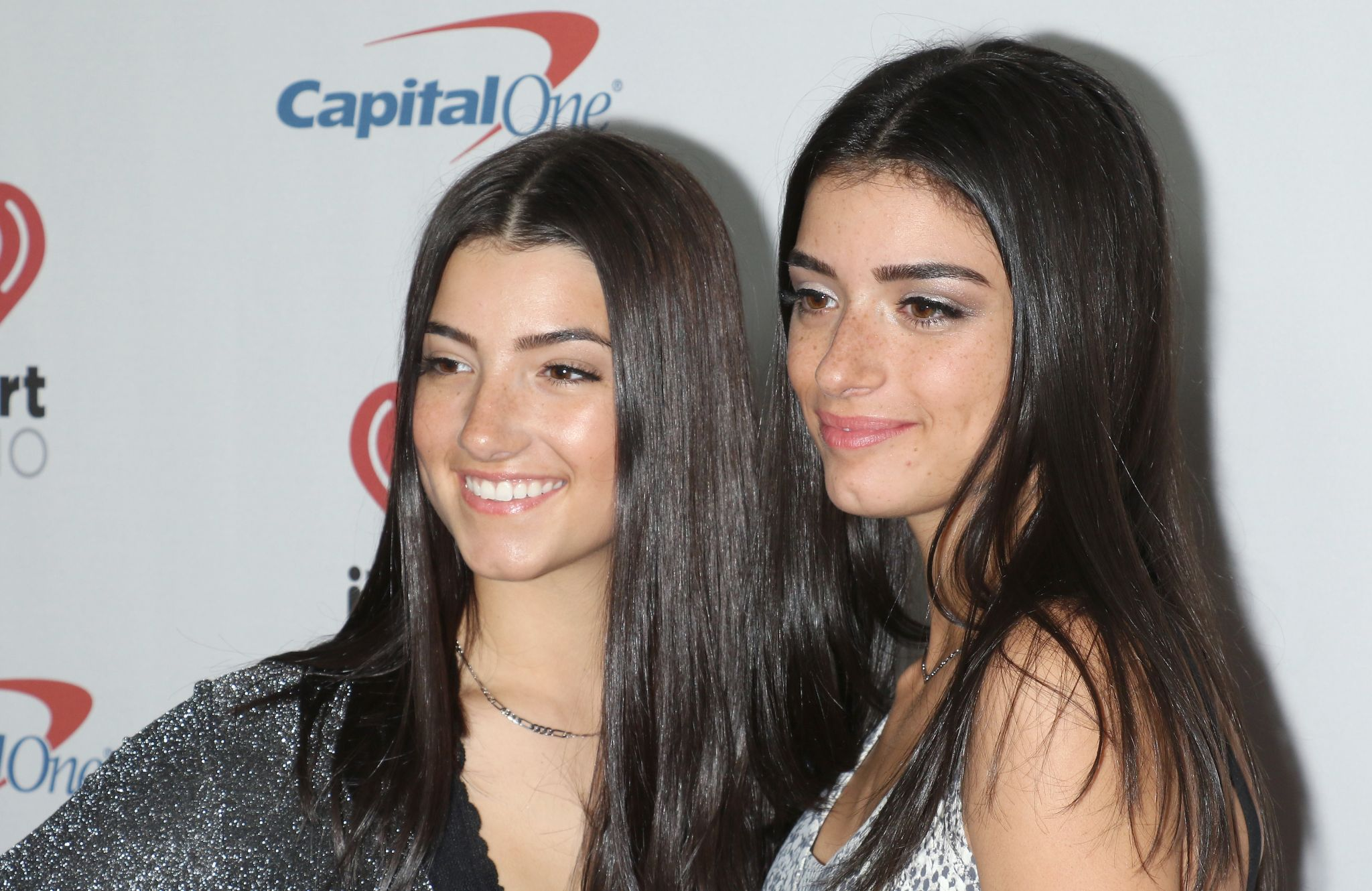 Forbes Connecticut S D Amelio Sisters Are Among Tiktok S Highest Earners