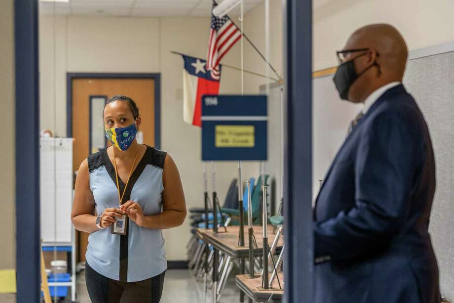 Spring ISD teachers resumed teaching virtually Aug. 17, with some choosing to teach virtually for their classrooms in school, while others remained home teaching. Photo: Courtesy Of Spring ISD, Web Specialist & Photographer / Spring Independent School District