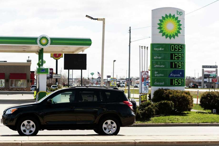 Fuel prices are displayed on a sign outside a BP gas station in Appleton, Wis., on April 20, 2020. Photo: Bloomberg Photo By Lauren Justice / The Washington Post
