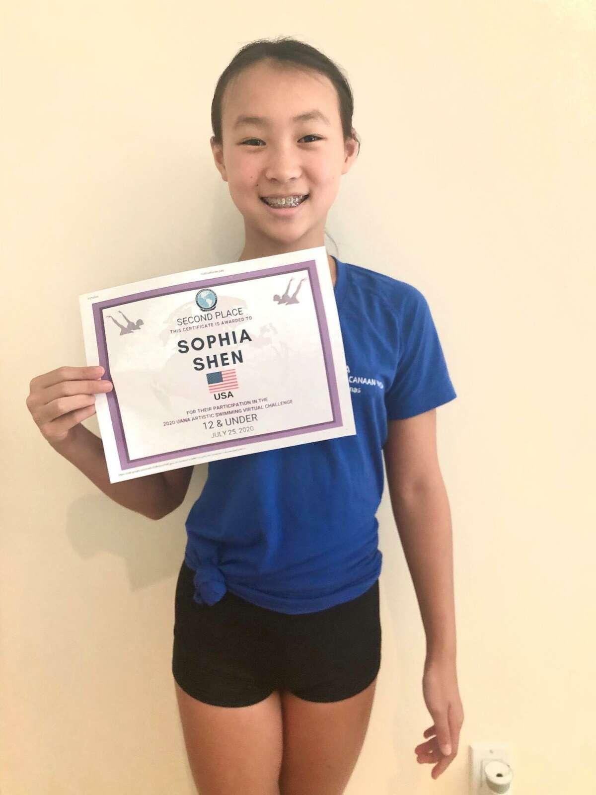 Sophia Shen, New Canaan YMCA's Aquianas synchronized swimmer