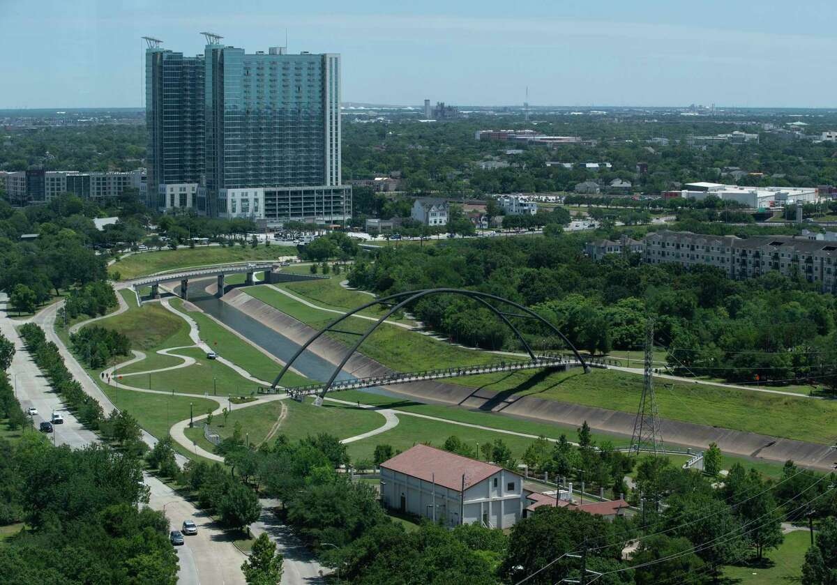 Houston's TIRZ 20 is planning a new detention basin near Brays Bayou.