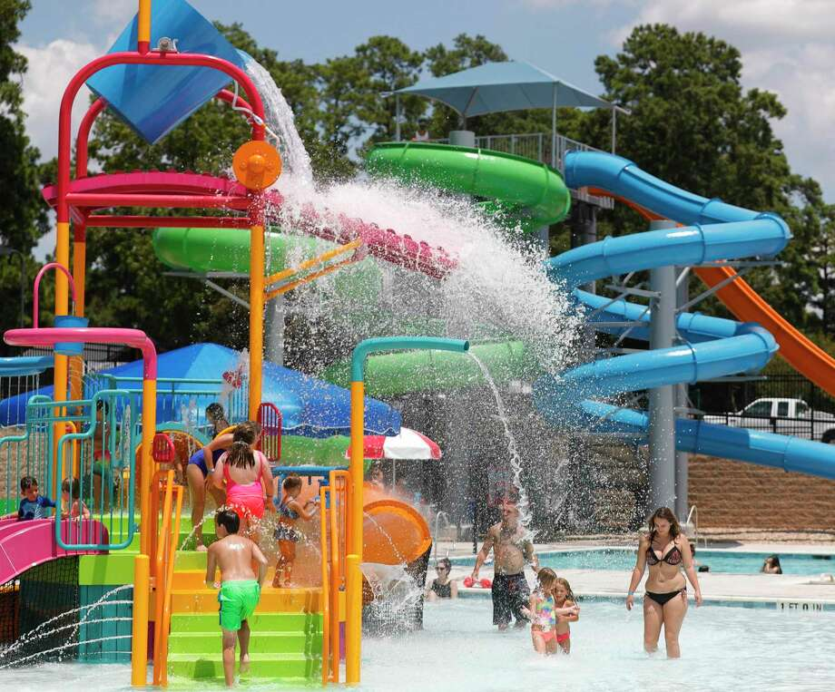 Updated hours for Conroe's waterpark were announced this past week. Photo: Jason Fochtman, Houston Chronicle / Staff Photographer / 2020 © Houston Chronicle