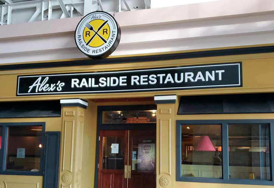 Alex's Railside Restaurant is moving into the Midland Mall in the former Ruby Tuesday's location. (Ashley Schafer/ashley.schafer@hearstnp.com)