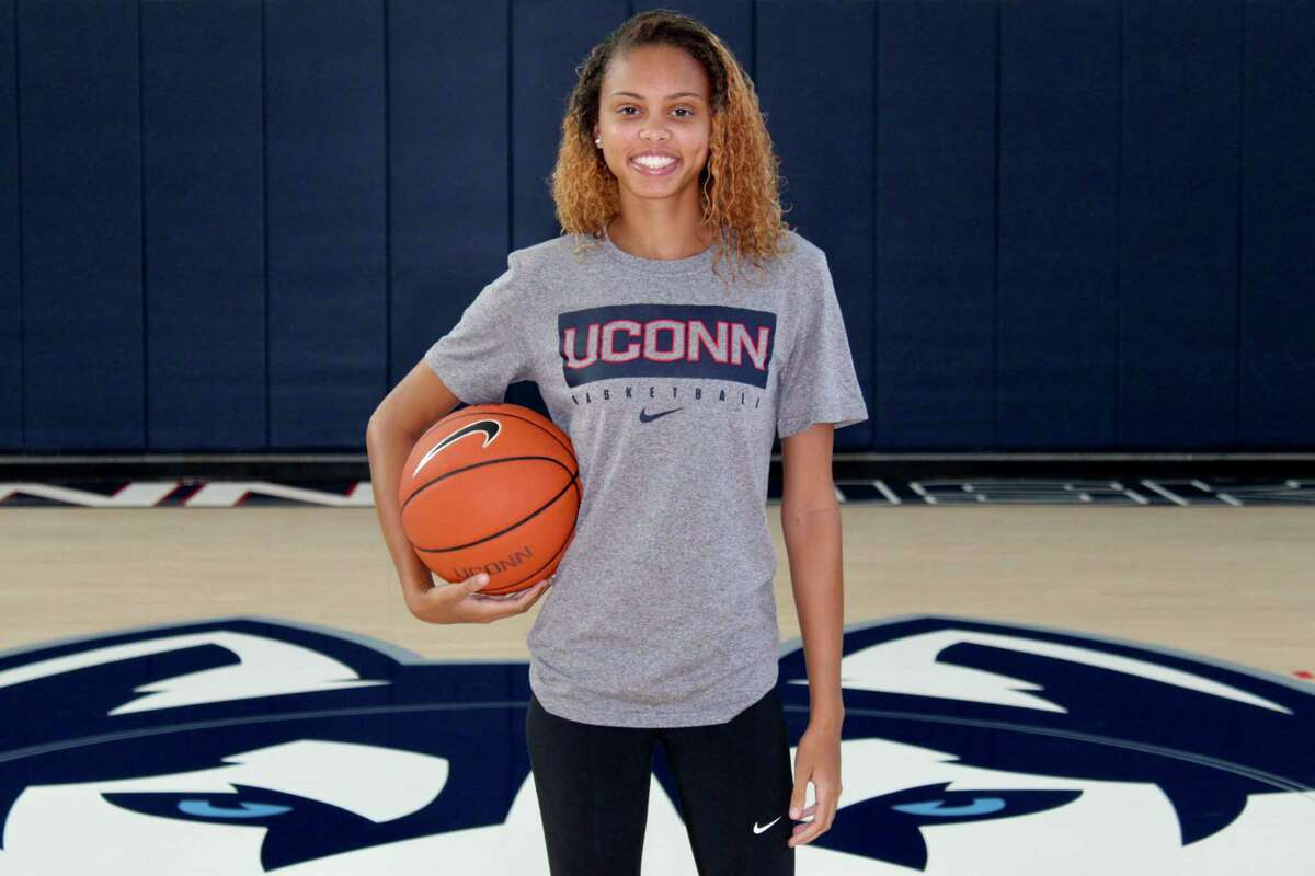 UConn's Autumn Chassion announded on Monday she is transferring.