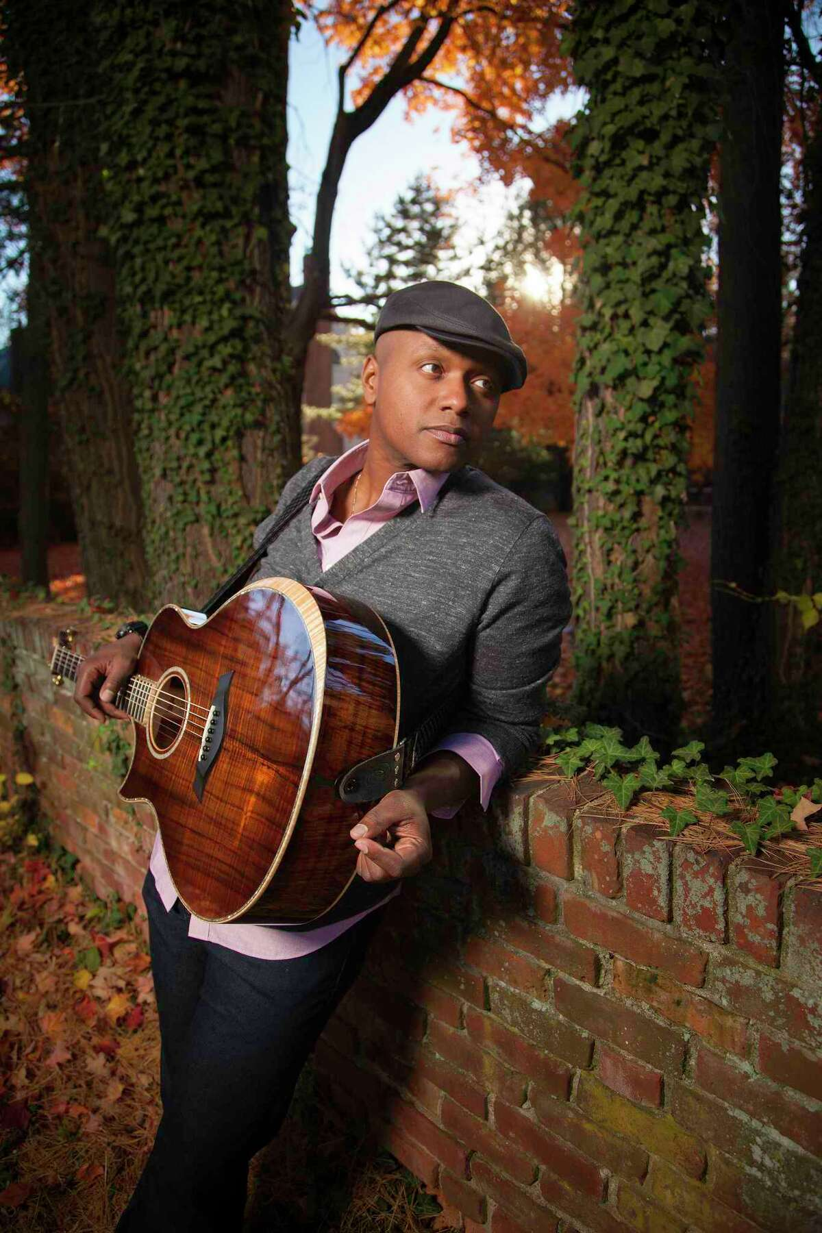 Javier Colon will perform at the Ridgefield Playhouse on Aug. 29.