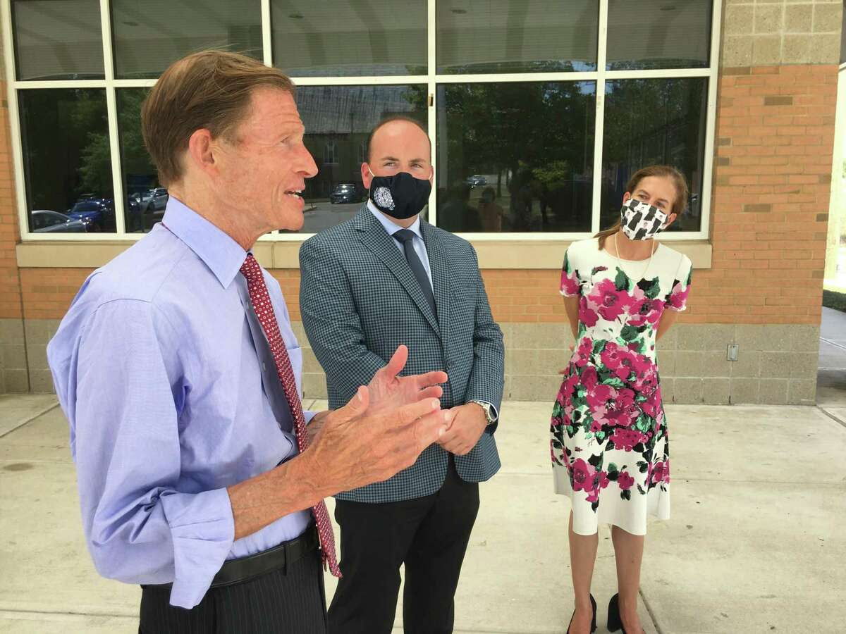 Sen. Richard Blumenthal, left, joined by Meriden Mayor Kevin Scarpati and Lt. Gov. Susan Bysiewicz, talked about Postal Service issues Monday at the Meriden post office, as U.S. Postmaster Louis DeJoy testified before the U.S. House of Representatives.