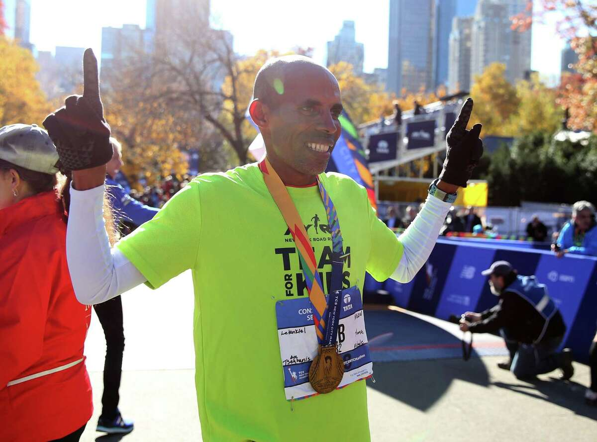 2020 NYC Marathon to Feature Elites, Celebrities: Deena Kastor, Emily Sisson, Stephanie Bruce, Tatyana McFadden, Meb Keflezighi, James Blake, Daniel Romanchuk, and more highlight a star-studded cast for the 2020 race.