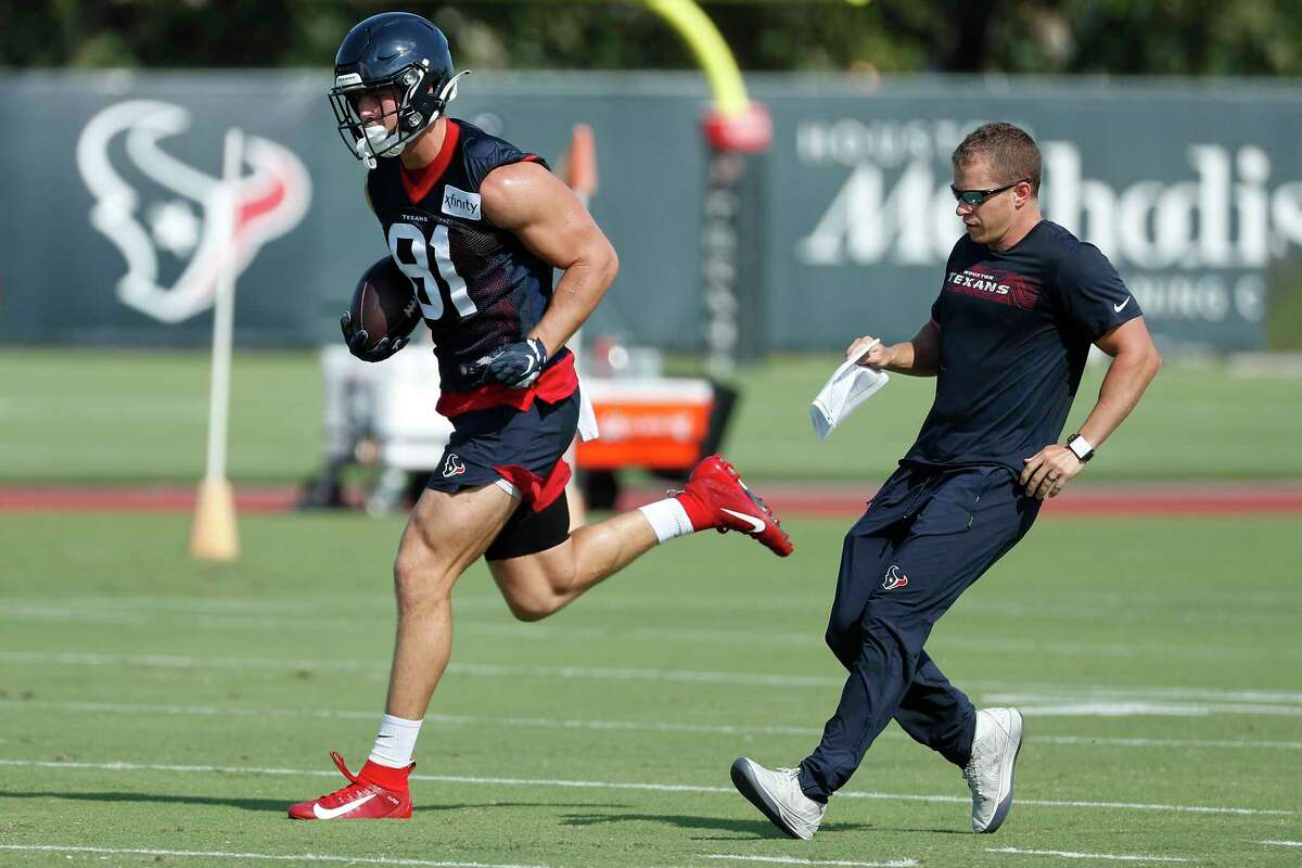 Houston Texans tight end Kahale Warring (81) makes a catch during an NFL training camp football practice Tuesday, Aug. 25, 2020, in Houston.