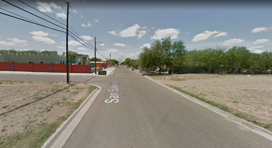 A woman was fatally struck by a vehicle in the El Santo Niño neighborhood in south Laredo on Monday night at the intersection of San Salvador Street and South Canada Avenue. Photo: Google Maps